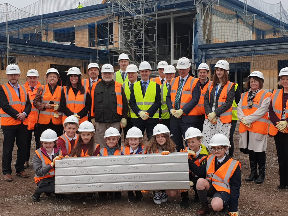 Arbroath primary schools top out - Scottish Construction Now